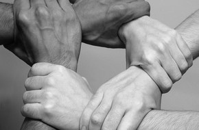Chirurgisch uitsnijden van Nazorg binnen crisisbeheersing in Nederland